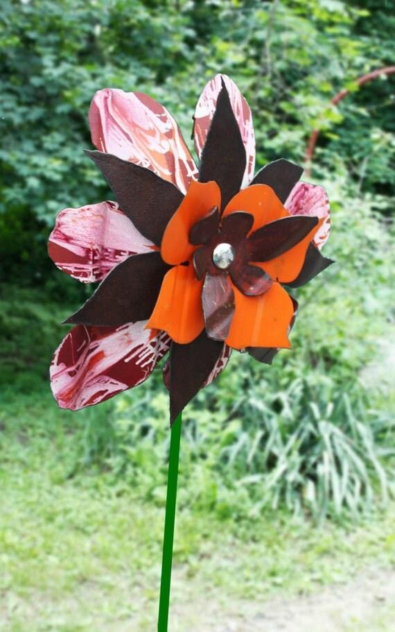 orange metal flowermetal yard artoutdoor by bloomagainmetalart. Black Bedroom Furniture Sets. Home Design Ideas