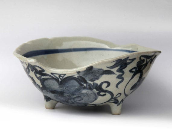 Knitting Pottery Bowl Yarn Bowl Footed Hand Painted in Blue