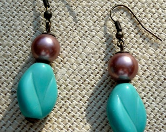 Retro and vintage turquoise glass beads and faux magenta pearl bead earrings
