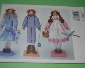 BUtterick 3792 18 inch Dowel Dolls & Clothes Sewing Pattern - UNCUT