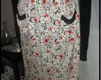 Vintage beautiful print silk straight skirt made in Italy sise M/L