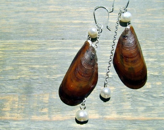 Seashell Jewelry: Brown Mussel Shell and Pearl Dangle Earrings featuring New Jersey Beach Shells