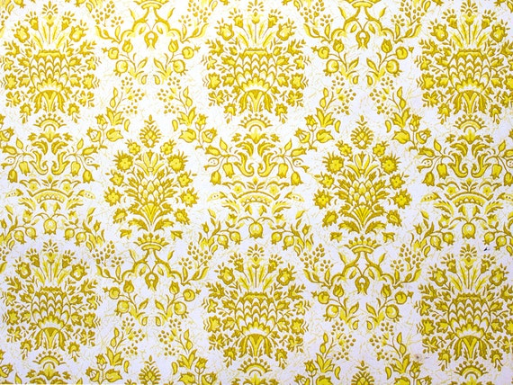 Retro Wallpaper Vintage Yellow and White Damask Pattern