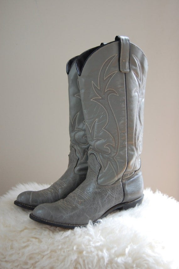 HOLD FOR DANIELLE Womens Gray Cowboy Boots/ Vintage Texas