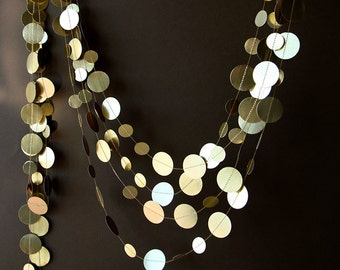 Christmas decor, Christmas garland, Gold wedding garland, Gold garland, Shimmer garland, Wedding decor, Circle paper garland, M-C-O0001
