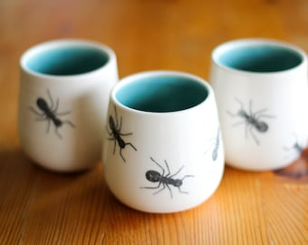 Made to Order : Set of 4 small porcelain tumblers/tea cups with an ant transfer