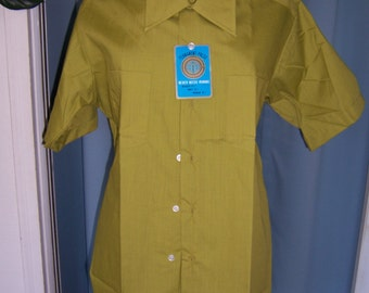 NOS 1960 Men's Spring Green Shirt - Sz Lrg