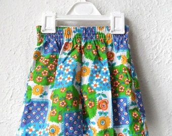 Blooming Bloomers - 1970's Colourful Flower Patterned Shorts - Age 1 to 2
