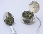 Tea strainer tea cup shaped