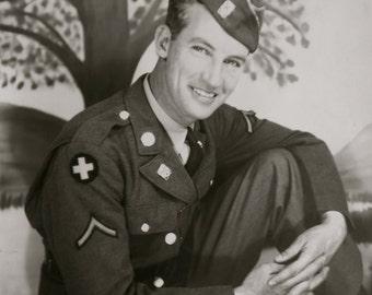 Outstanding World War II Era 1940's Handsome American US Army Soldier GI Studio Photo - Free Shipping