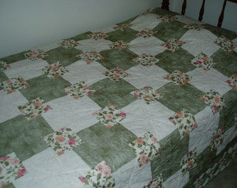 Hand Quilted Quilt - Green Squares on Squares design full/queen size