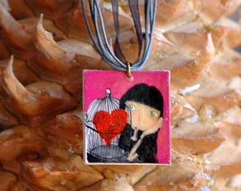 PENDANT NECKLACE Heart In Cage. VC021