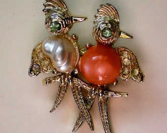 Jelly Belly Birds on a Branch Pin - 2641