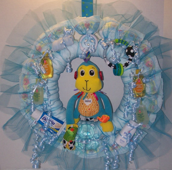 Blue boy 39 s monkey diaper wreath for a new baby great baby for Baby shower door decoration