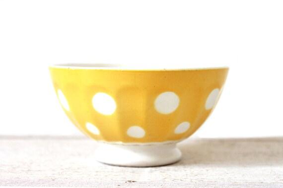Lovely yellow vintage little bowl Digoin-Sarreguemines. Café au lait. White dots pattern.