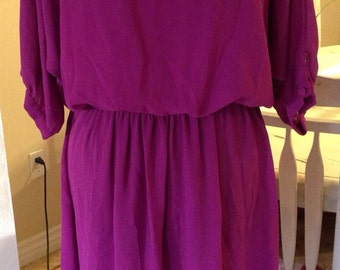 Vintage 1970's Gorgeous Violet Fuchsia Mad Men PIN UP Dress