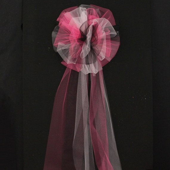 hot pink black light pink tulle wedding pew bow church pew decorations wedding aisle