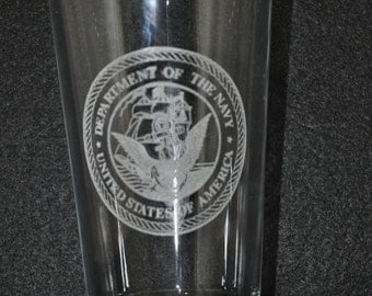 Laser engraved US Navy water / iced tea glass