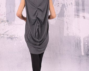 Gray extravagant asymmetrical sleeveless tunic top - UM-015-VL