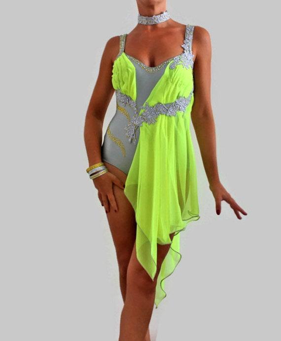 Robe De Danse Latino Am 233 Ricaine Et Danses Par Crinolinatelier