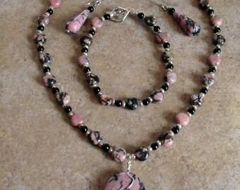 Rhodonite Crystal Gemstone Necklace Set