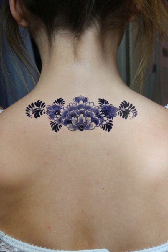 Large floral Dutch 'Delfts Blauw' temporary back tattoo
