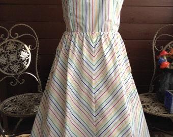 I LOVE RAINBOWS!!! Vintage 1980's Rainbow Striped Dress