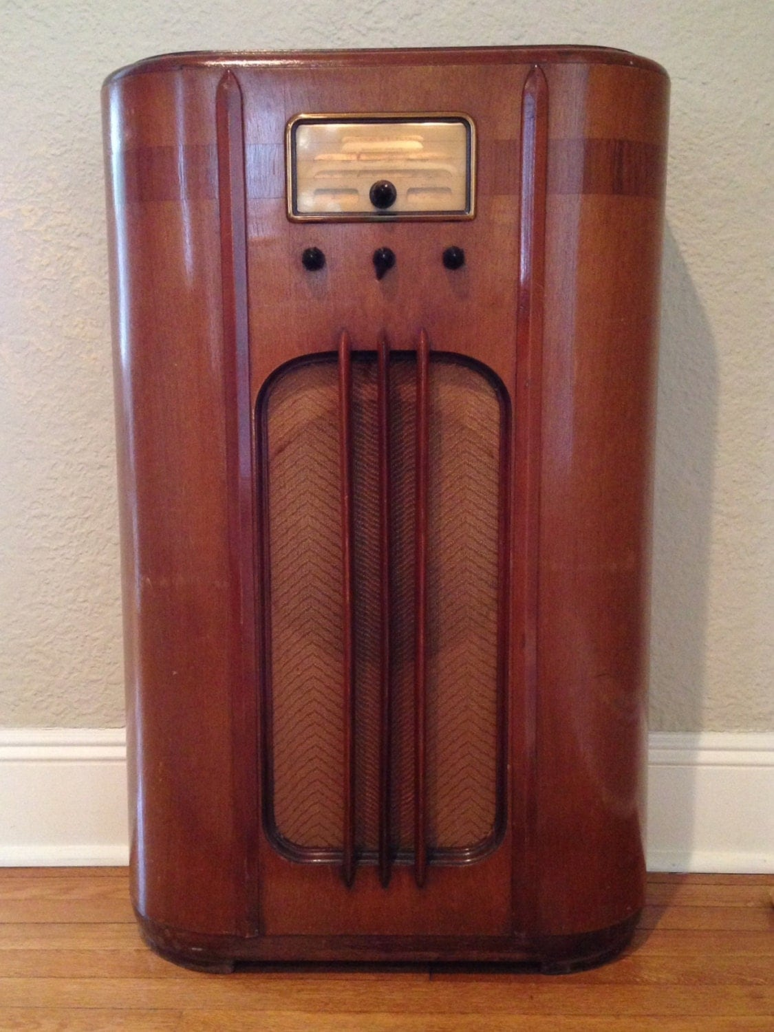 1937 Console Radio Model F 65 General Electric By