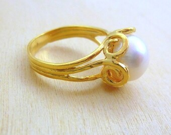Pearl Ring  GOLD Filled ring handmade jewelry  gold ring for women
