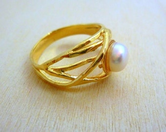 Pearl Ring, GOLD Filled Ring, handmade jewelry, gold rings for women