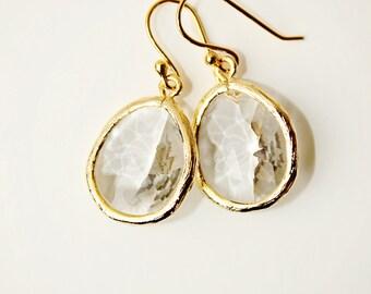 Clear Glass earrings Gold Earrings Crystal drop Earrings Dangle Earrings Bridal earrings Bridesmaid earrings Wedding earrings Gift for Mom