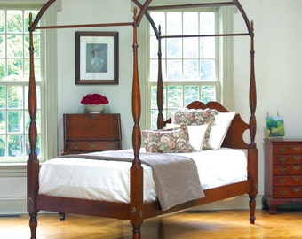 Eldred Wheeler Reproduction Antique Sheraton Field Bed - King in Tiger Maple or Cherry