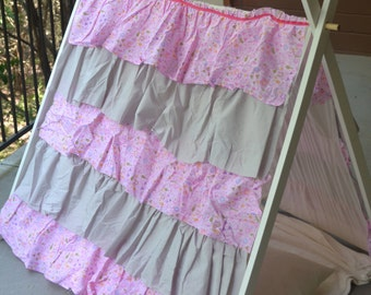 Pink and Gray Ruffle Children's Play A Frame Tent