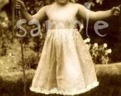 Instant Download - VINTAGE photograph - DIGITAL DOWNLOAD collage sheet - wall art - Vintage Little Girl fairy princess