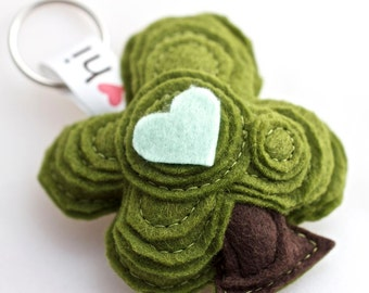 keychain - felt oak tree