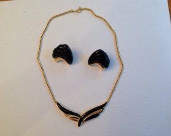 Vintage Monet Necklace set