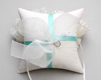 Mint ring pillow, bow ring pillow, weddng bow, custom ring pillow - Bella