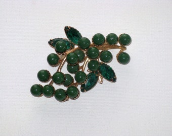Vintage Green Lucite and Rhinestone Leaf and Berry Brooch Pin (B-1-3)
