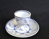 The vintage porcelain lonely blue eggcup. Pretty Christmas gift idea.