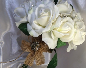 White Caroline true touch rose bouquet, True touch rose bouquet, White rose bouquet, Wedding bouquet, Rose bouquet, Bouquet, Bridal bouquet