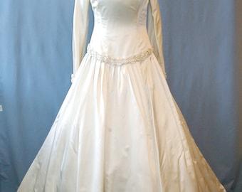 SALE A truly amazing dress by Carmela Sutera