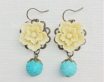 Turquoise Earrings/Cream Earrings/Ivory Earrings/Ecru Earrings/Sakura Flower Earrings/Rustic Wedding Earrings/Bridesmaid Earrings