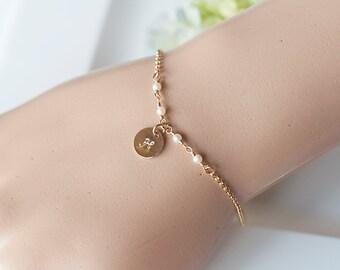 Freshwater Pearl Bracelet, Initial Charm Bracelet, Gold Initial Bracelet, White Pearl Gold Bracelet, Bridesmaid Gift set, Romantic Weddings