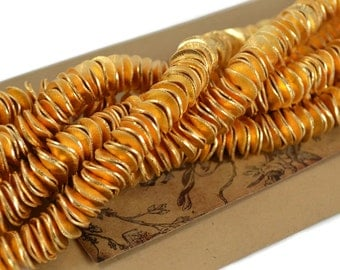 """10mm Gold Pringles - 4"""" Strand - Gold Plated Copper - Metal Wavy Round Discs"""