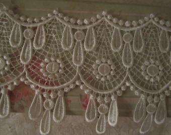 Venice Lace Ivory