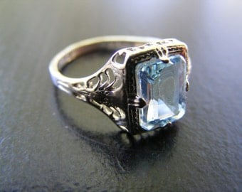 S292  Sterling Silver Elaborate Filigree Ring with 2 carat Natural Sky Blue Topaz Gemstone