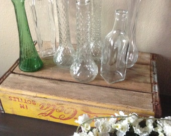 Destash Vase Collection - 7 Random Clear Vases - Wedding Vases - Vintage Vases - One Green Vase