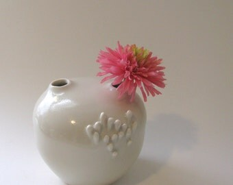 porcelain white vase / vessel by yumiko goto , echo of nature