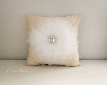 White Flower on Cream Pillow Cover, Bed Pillows, Decorative Pillows, Flower Pillows, Natural Home Decor, 16X16