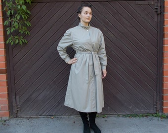 80s Vintage Trench coat Light grey Classic style Overcoat womens Long Raincoat Belted / Medium